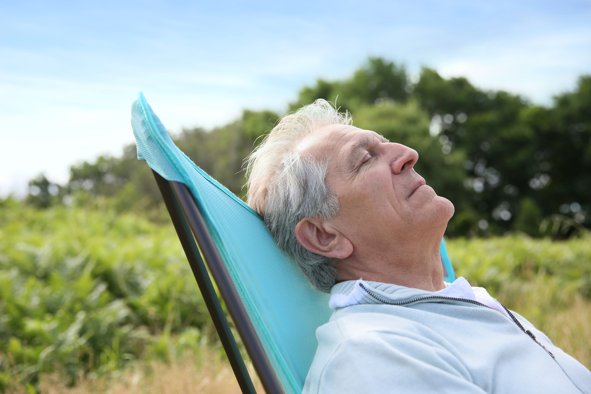 New research suggests regular afternoon naps (longer than five minutes but shorted than two hours) can be linked with better cognitive health in the elderly