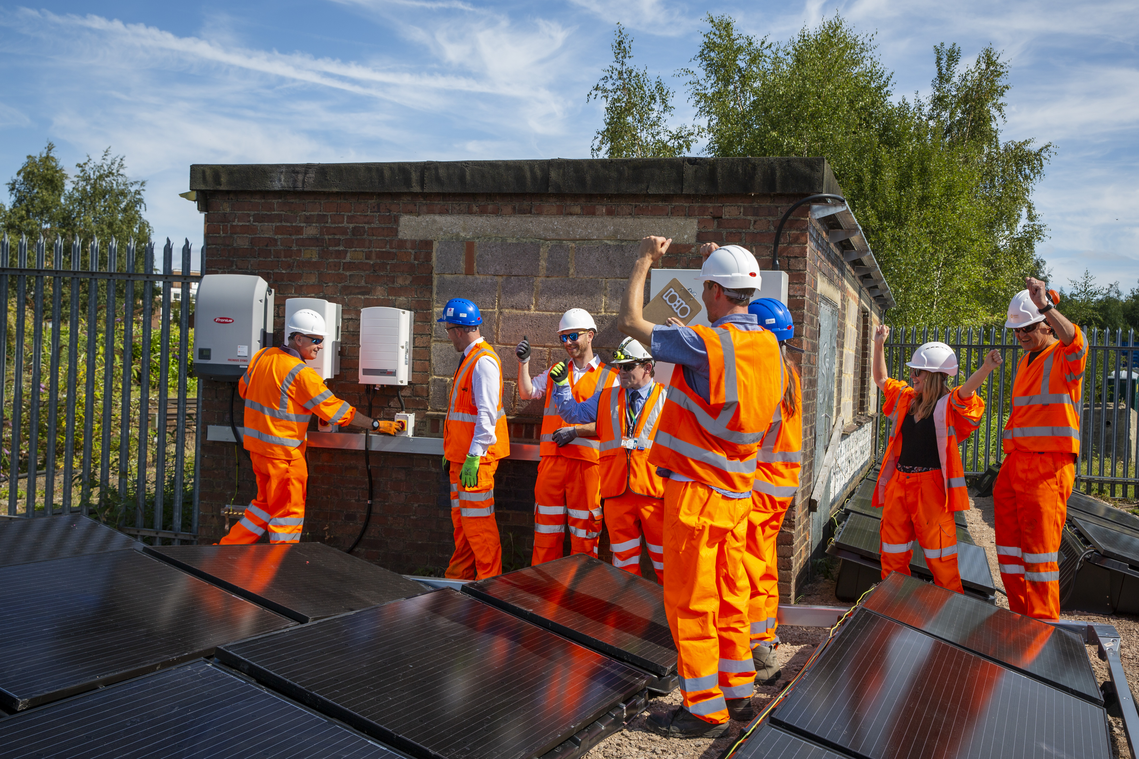 Project kicks off move to power UK's trains from solar