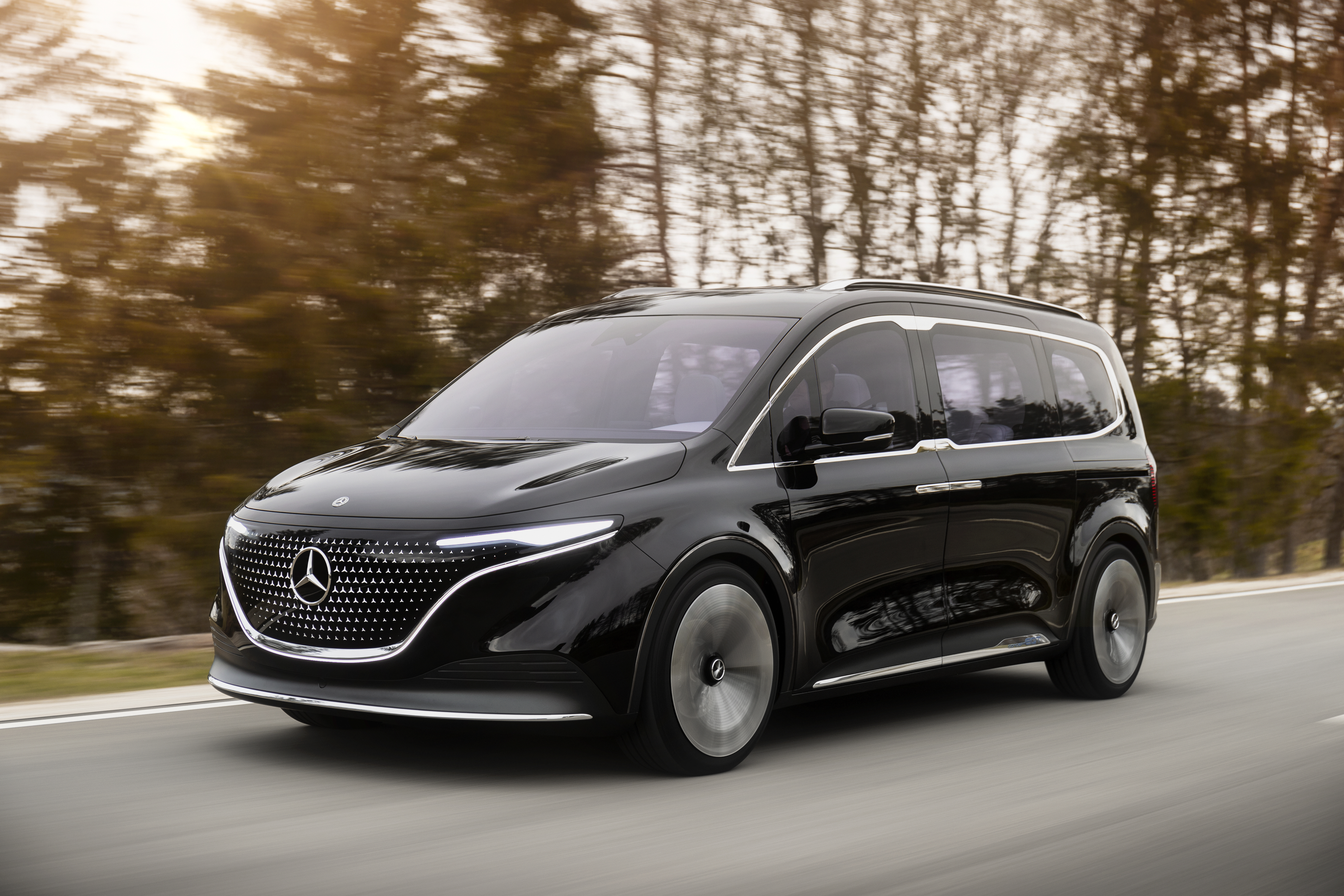 Mercedes previews a more sustainable, premium small-van future