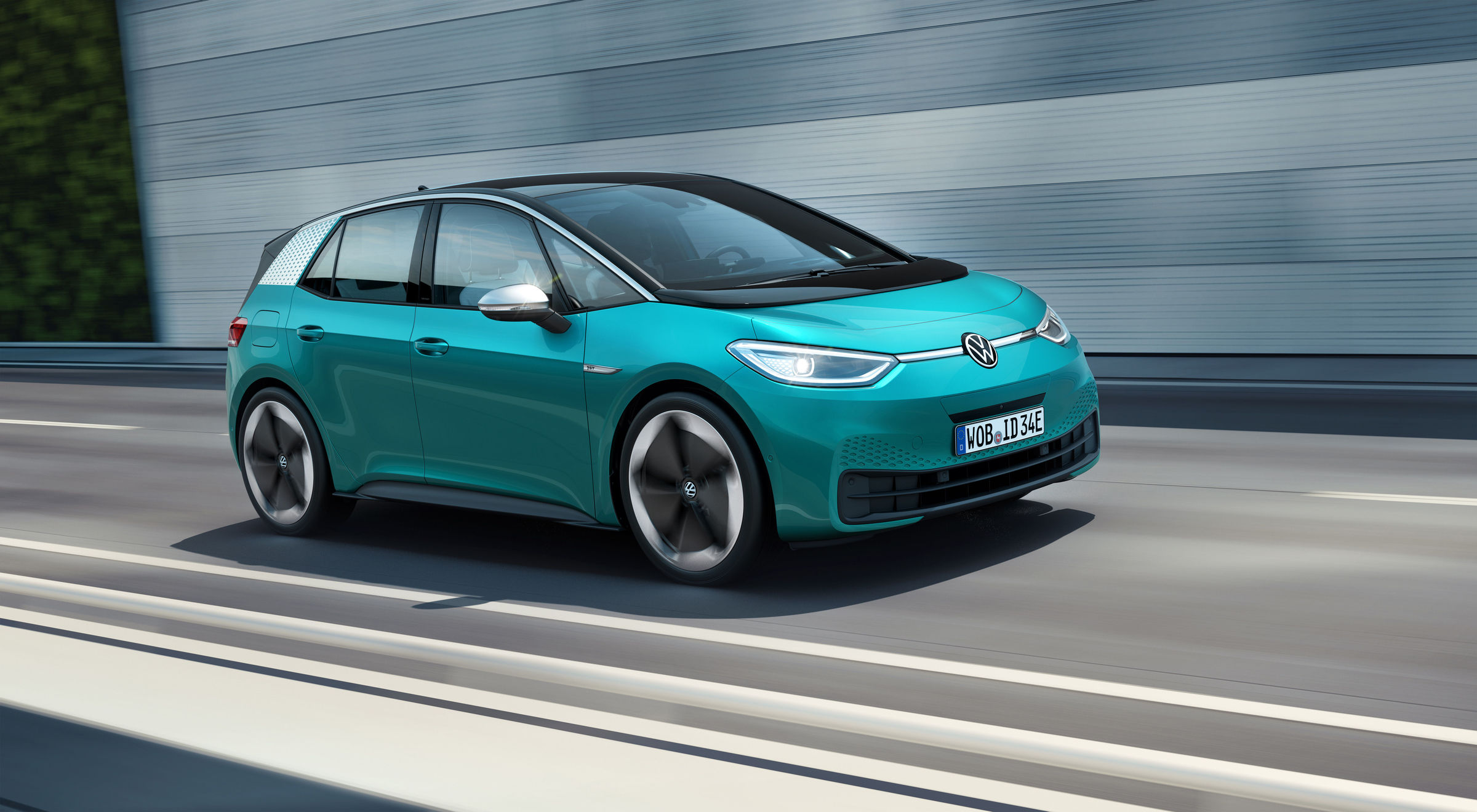 Volkswagen premieres its first pure EV, the ID.3