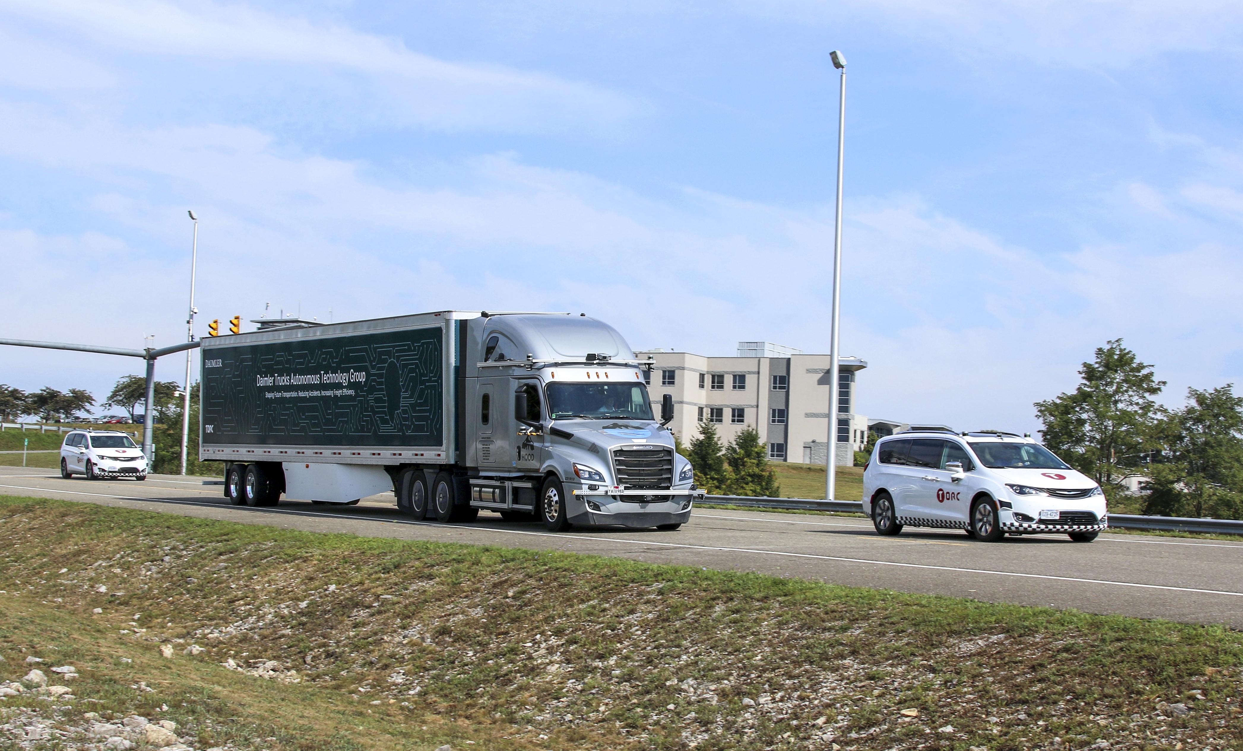 Daimler's autonomous truck hits public roads in Virginia