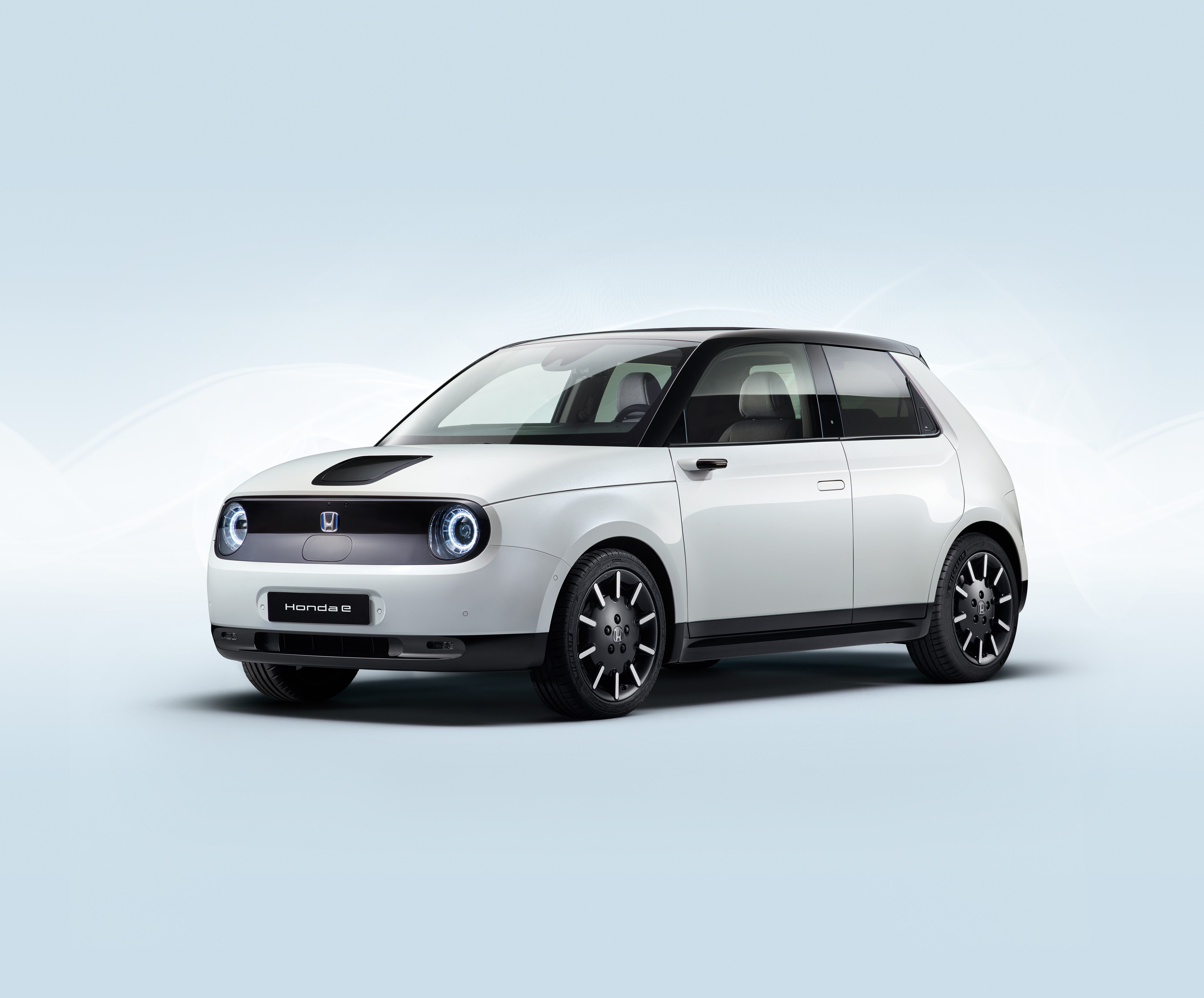 Performance figures released for the super-cute Honda e