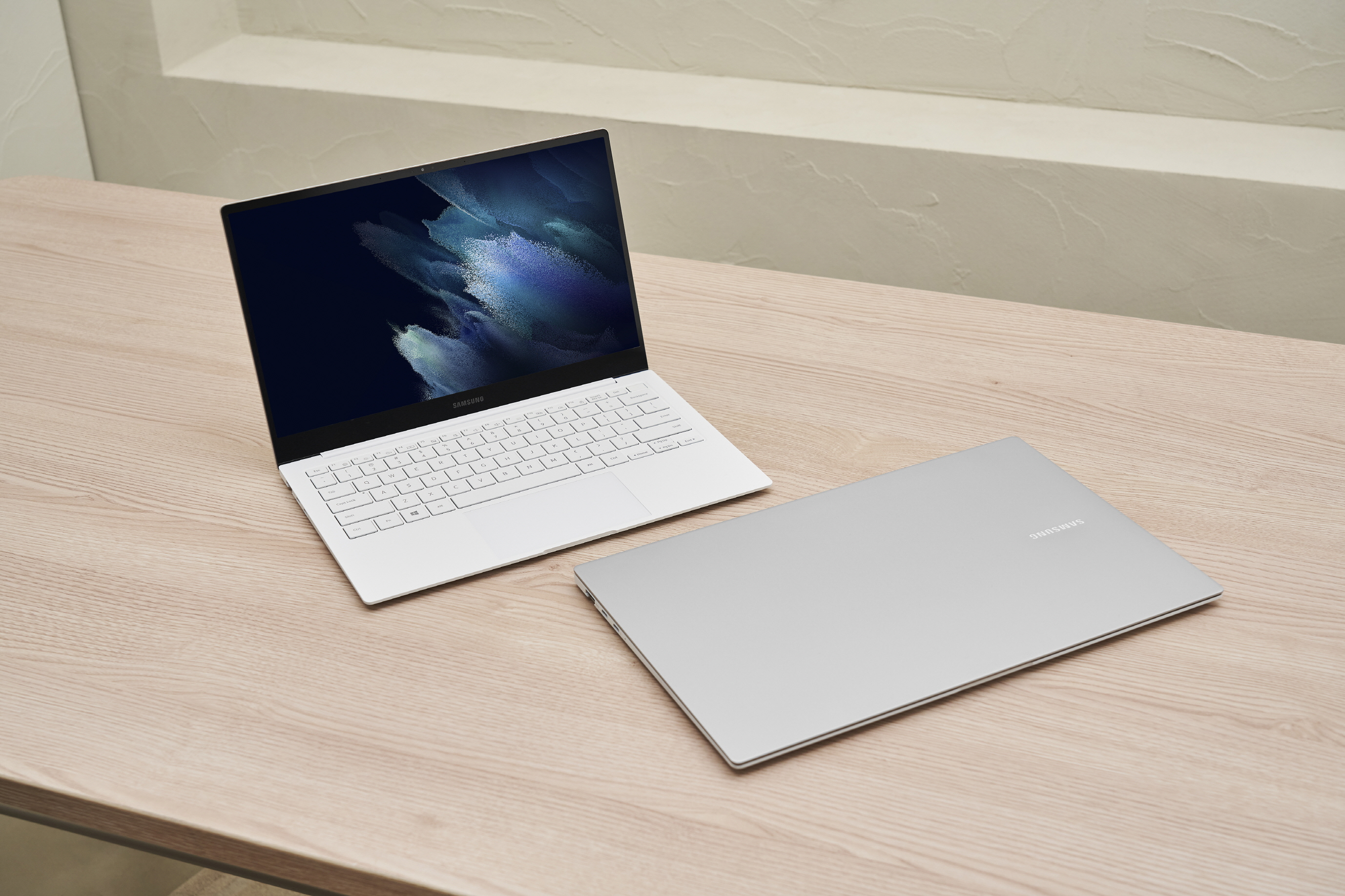 The Galaxy Book Pro series laptops are the first Windows devices from Samsung to feature AMOLED screens
