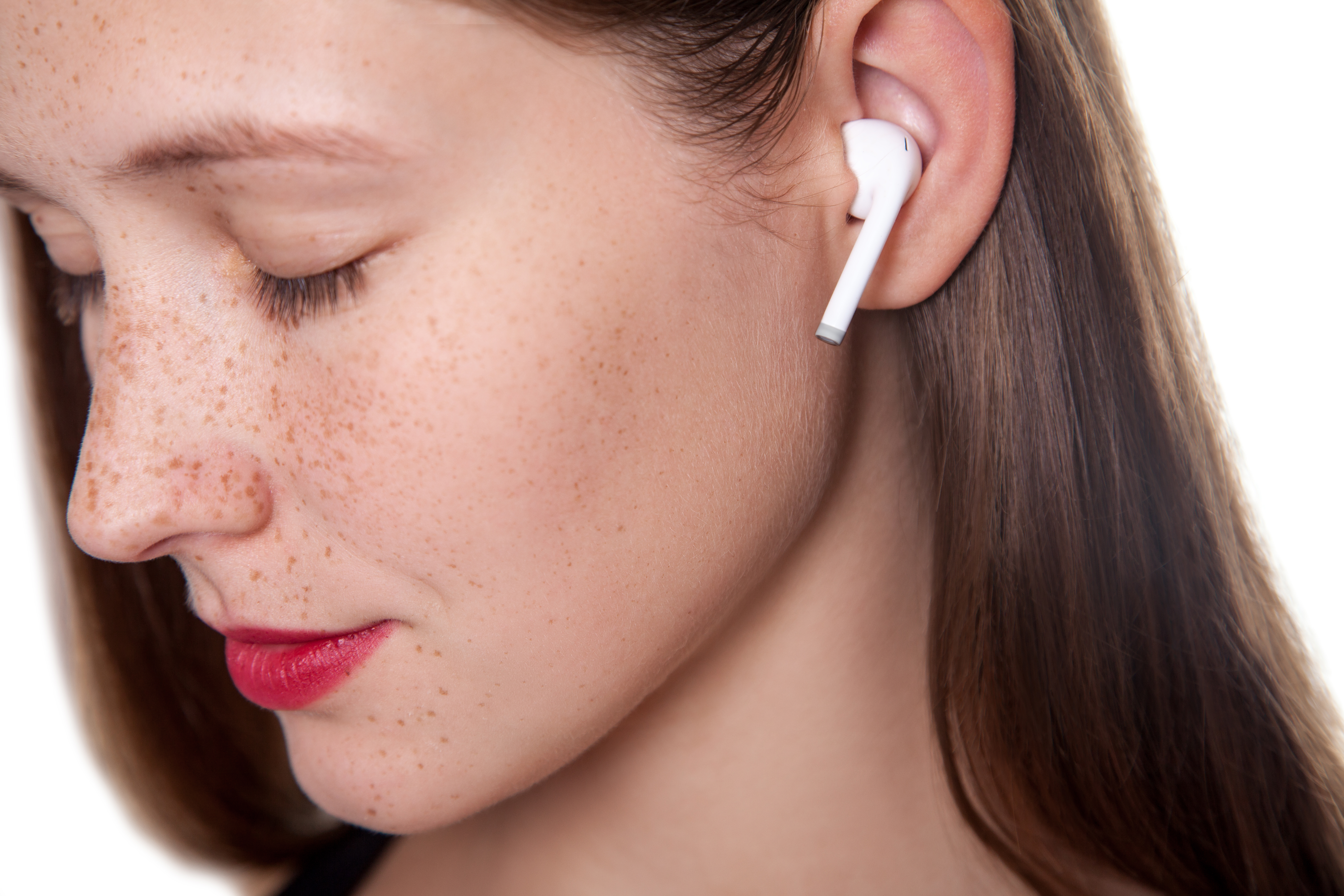Tech identifies users by the inside of their ears