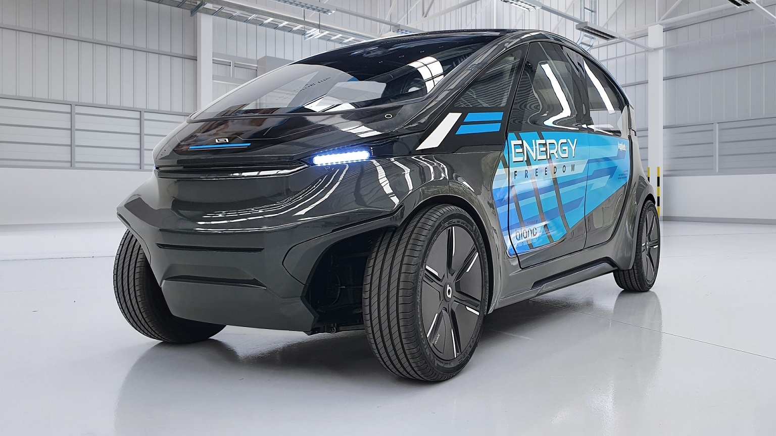 Teijin's prototype EV is designed to only travel at low speeds