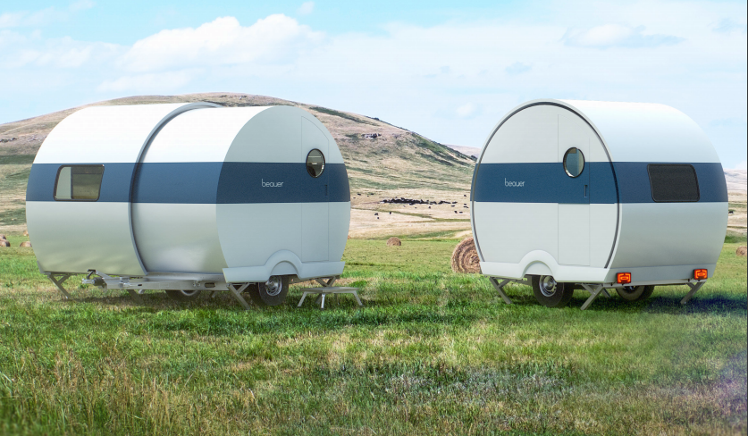 Beauer telescopic camper trailer expands, to house wandering twosomes