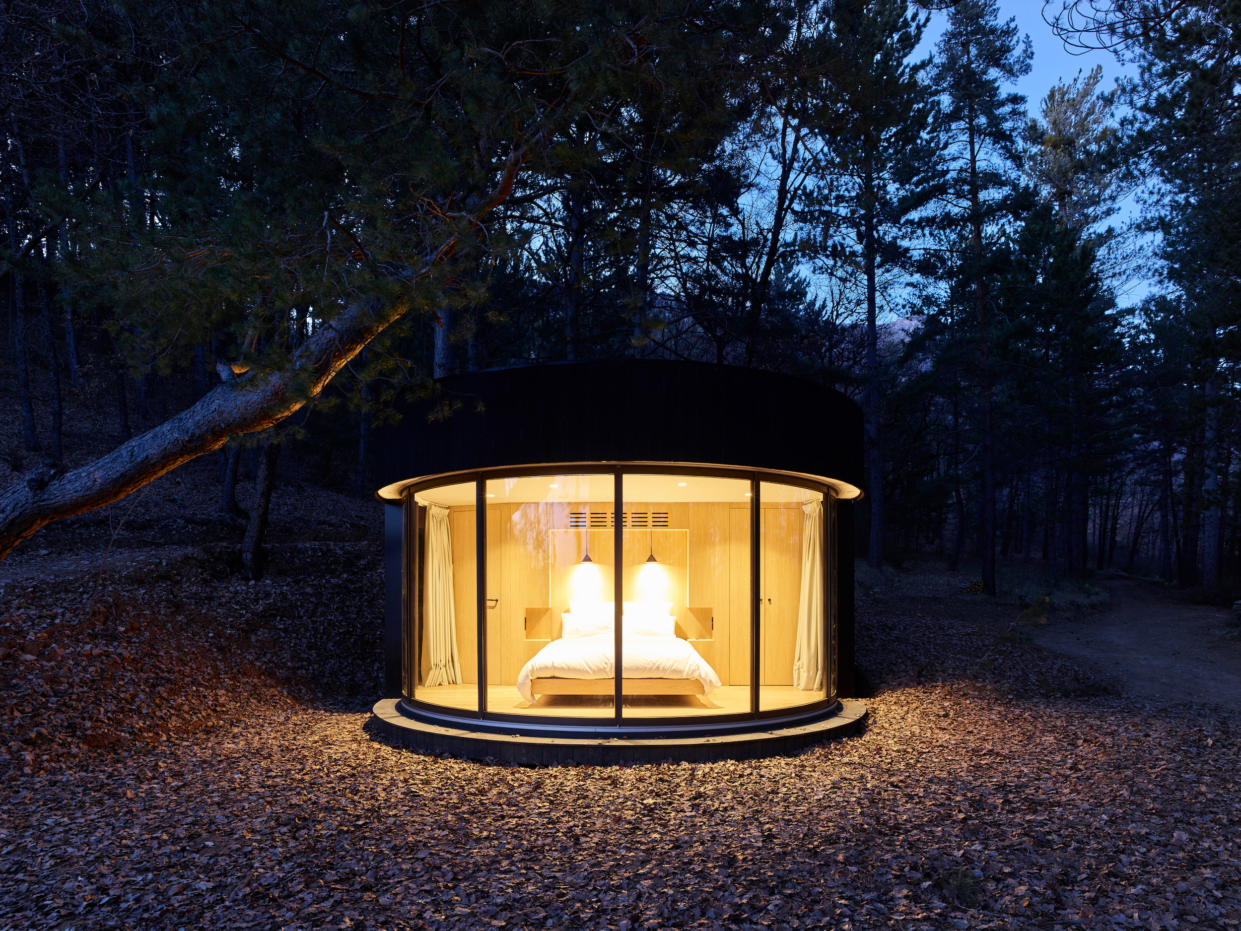 The prefabricated LumiPod was transported to the site in parts and took two days to install