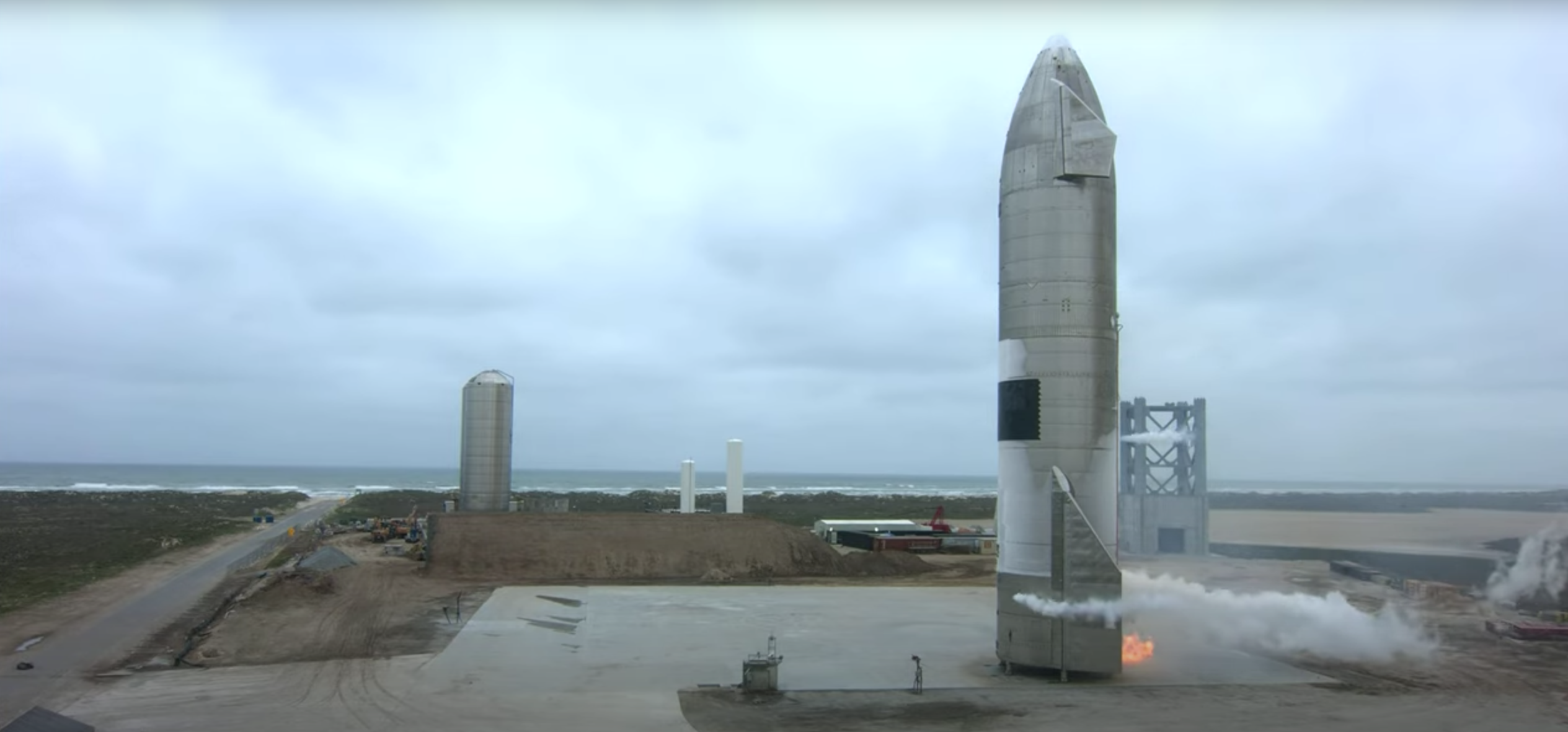 The Starship SN15 prototype, after landing safely on the pad