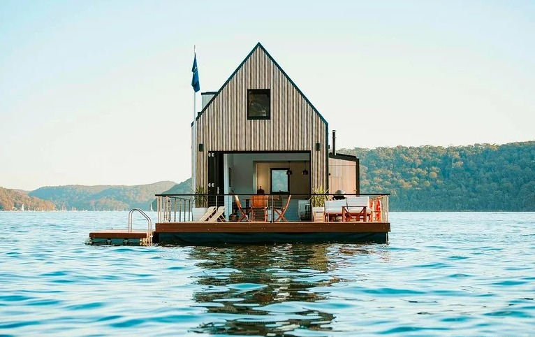 Solar-powered floating villa offers a luxury escape for two