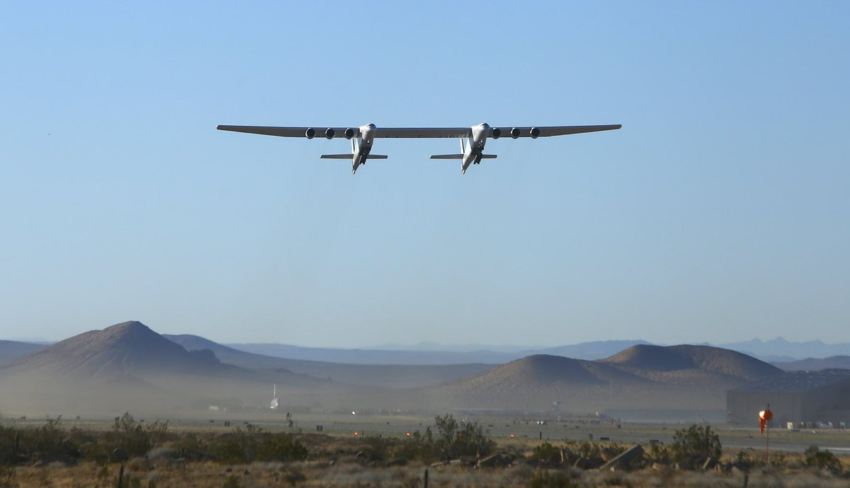 Stratolaunch's massive plane takes to the skies for the second time ever