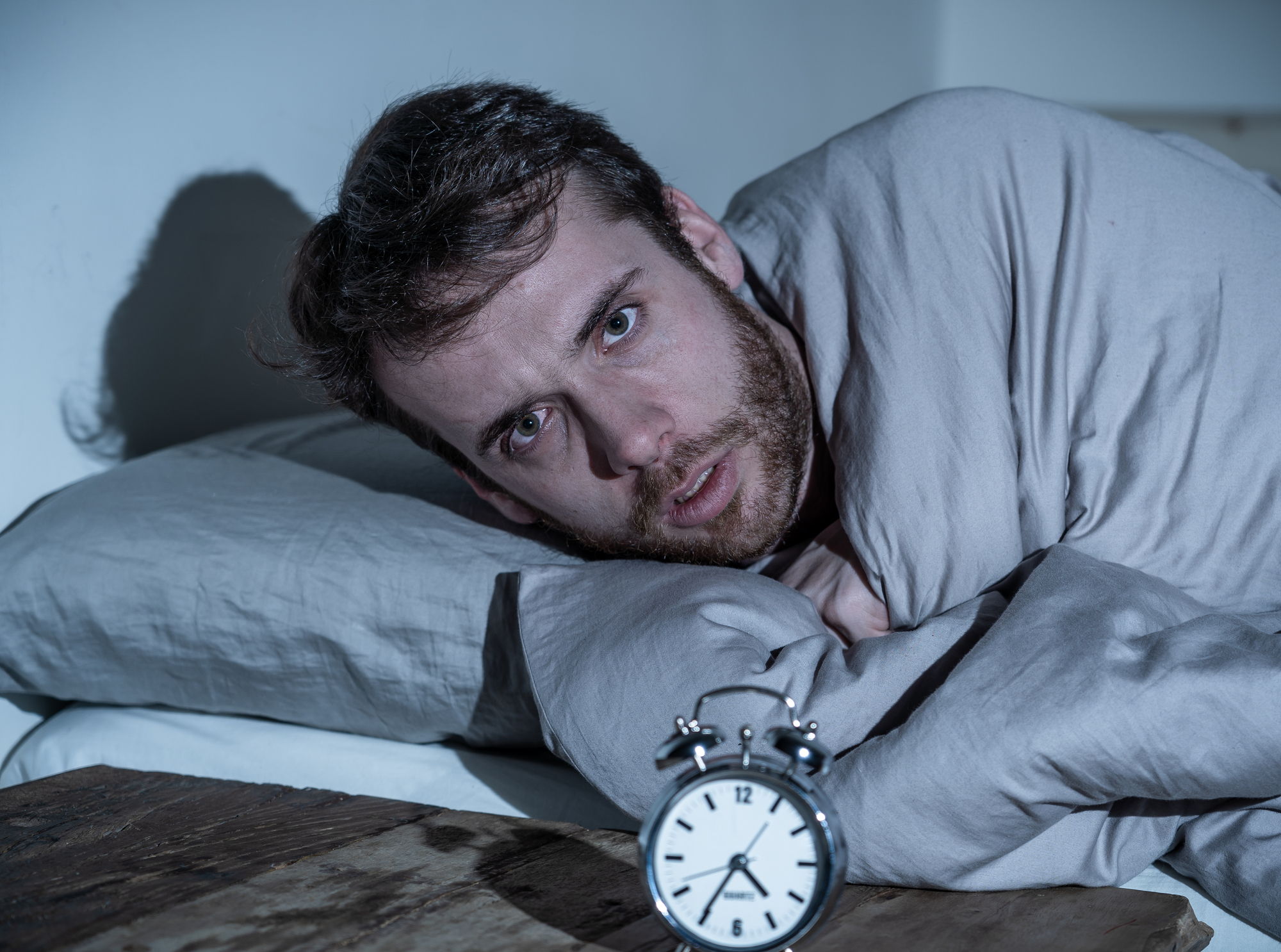A long-term study found persistent sleep durations of less than six hours in middle age were linked with a 30-percent increased risk of developing dementia later in life
