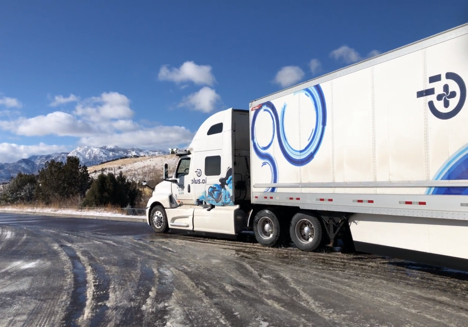 Autonomous truck carts 40,000 lb of butter coast to coast in the US