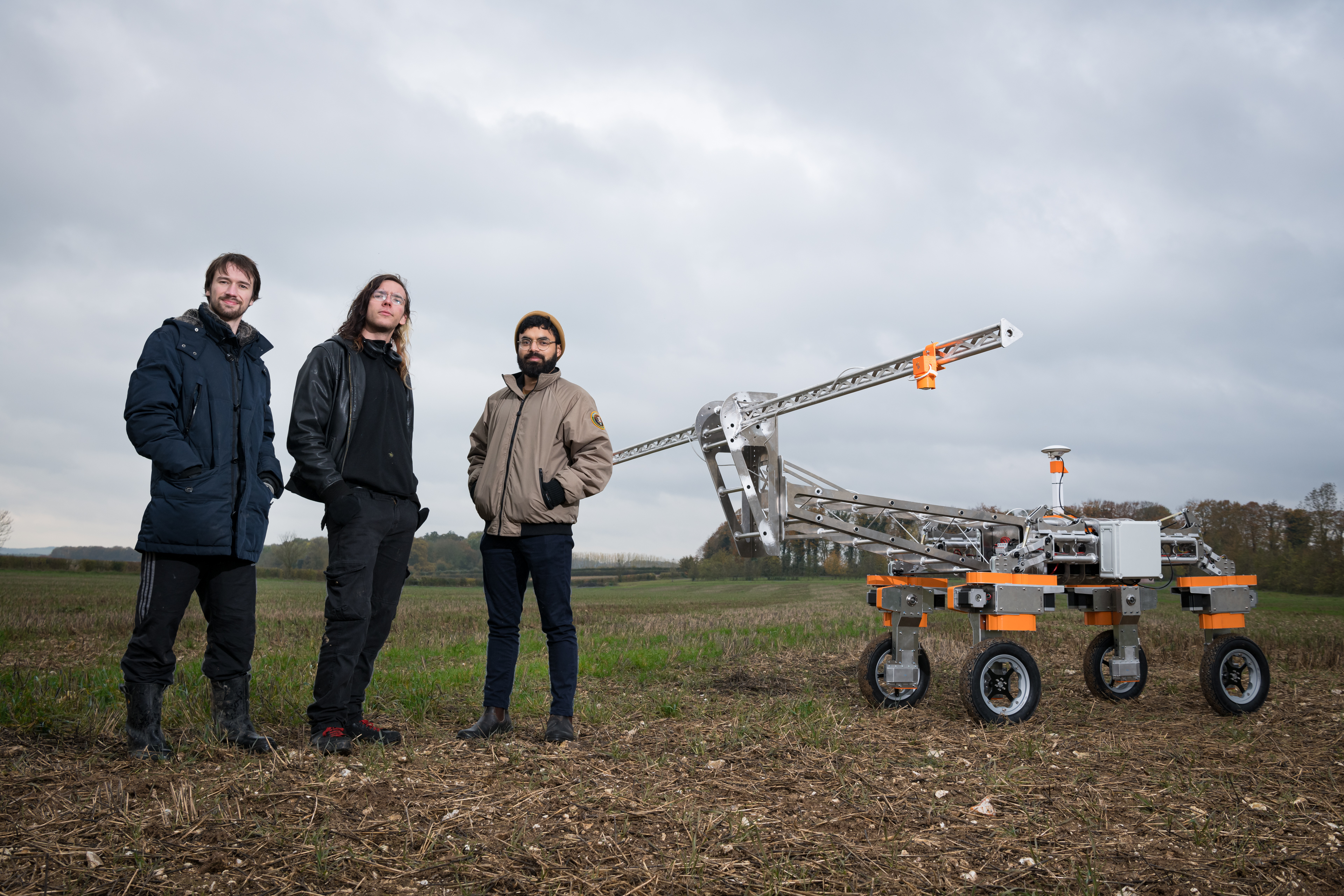 "Autonomous farming robot zaps weeds with ""lightning strikes"""