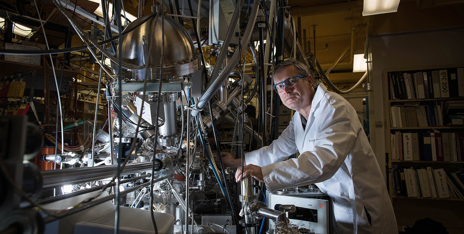 Caltech reactor could convert CO2 into breathable oxygen for
