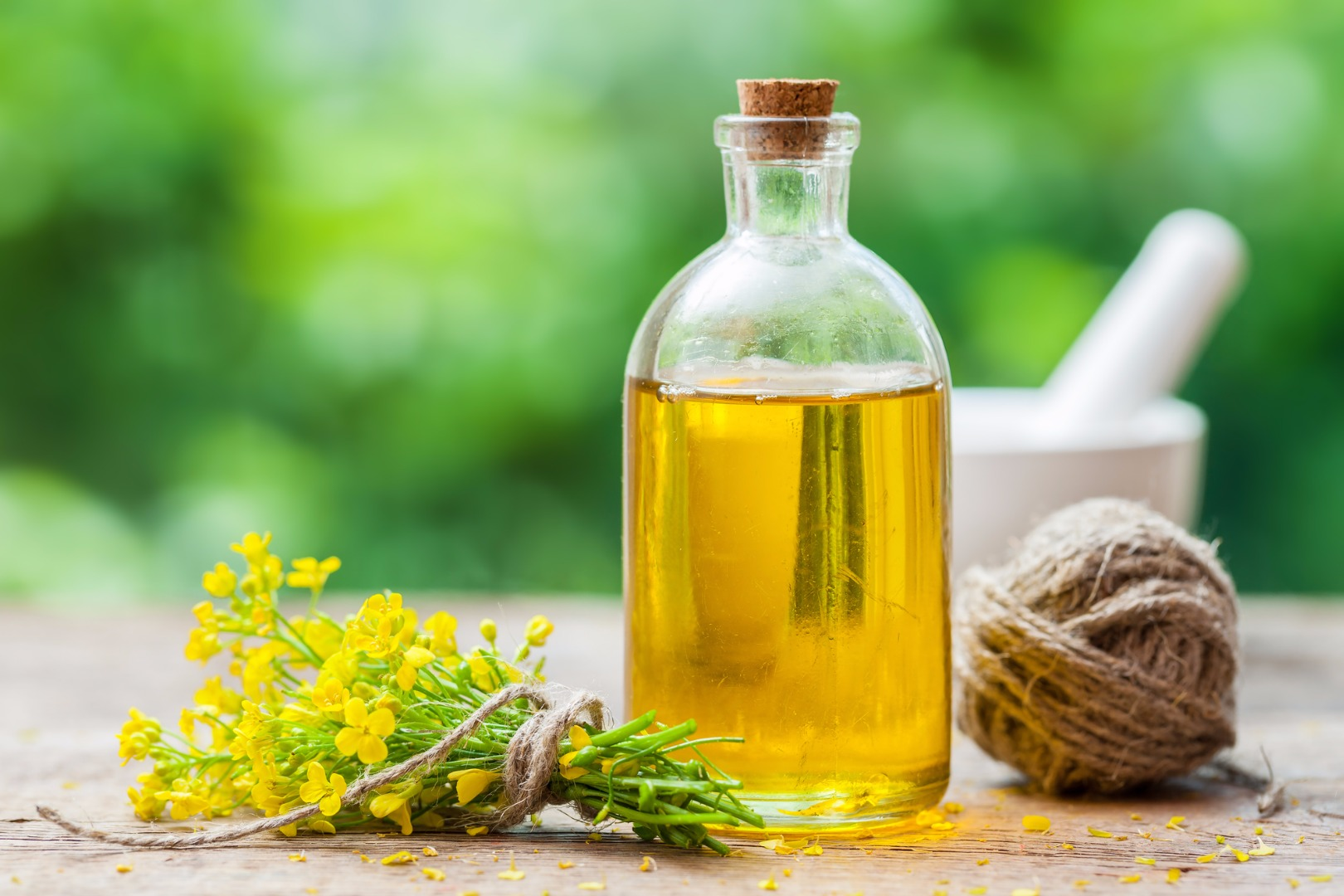 Canola oil linked to Alzheimer's complications in new study