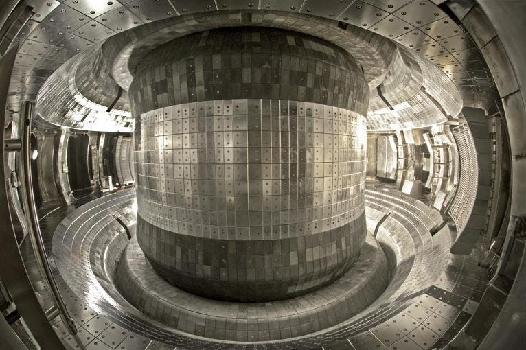 "Fusion breakthrough as China's ""artificial sun"" reaches 100 million degrees"