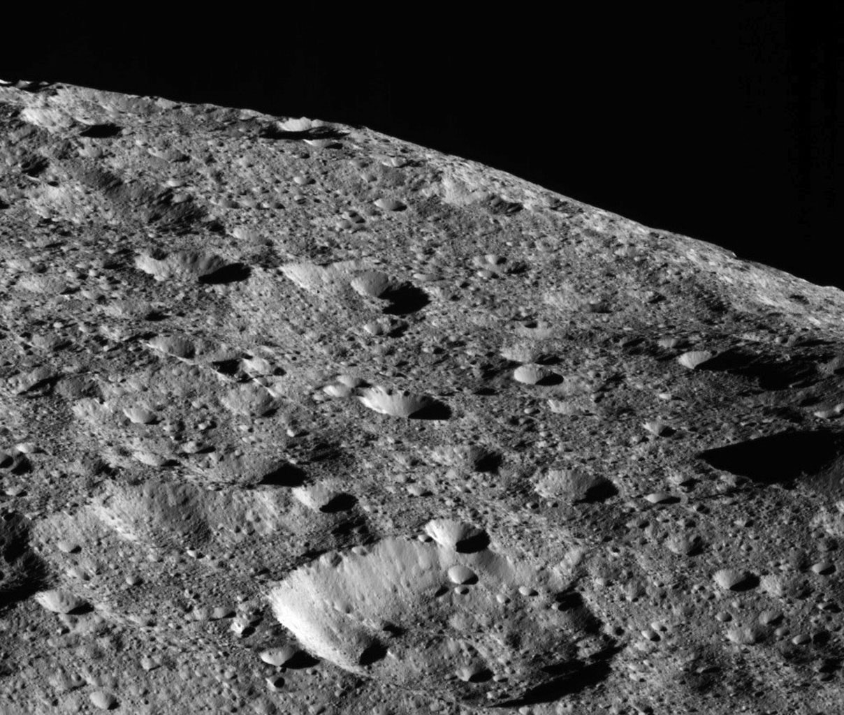 Dawn gets up close with Ceres