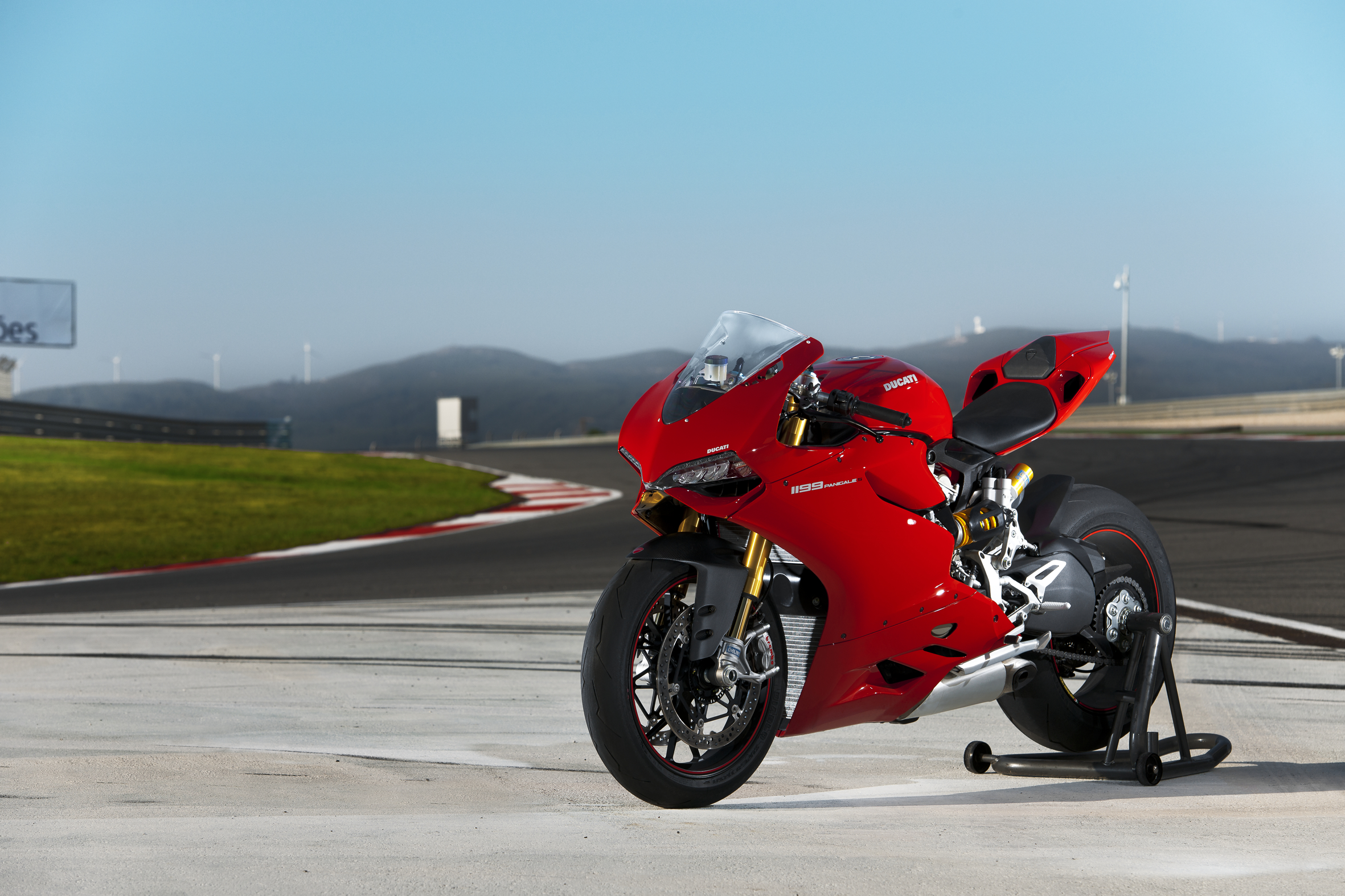 Ducati's flagship 1199 Panigale: the full story