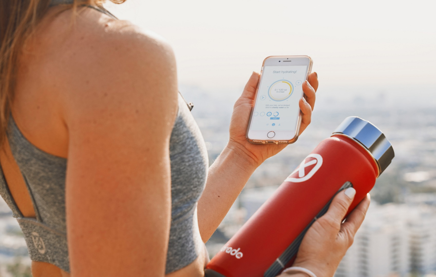 Solar-powered, hydration-coaching water bottle donates to charity as you sip