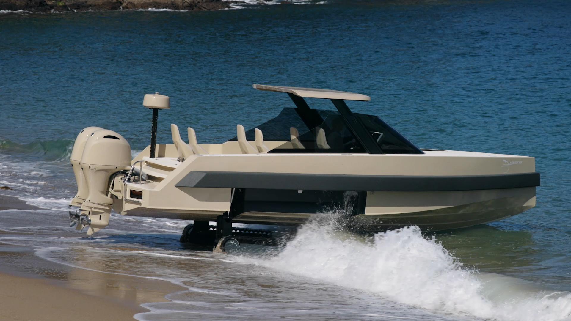 Iguana's ingenious amphibious seven-seat cabriolet taxi
