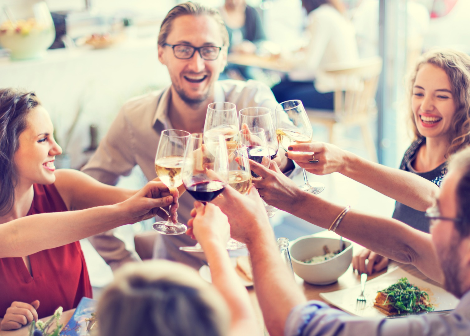 Low-level alcohol consumption can help clean the brain