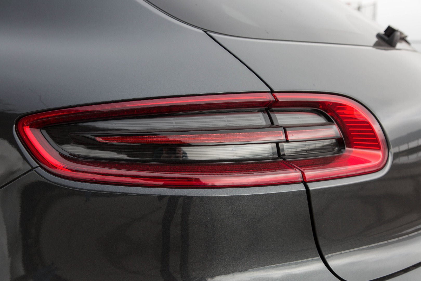 Top Optik Tuning 2 Mercedes AMG Silikon-Armbänder Mercedes Motorsport Fan.