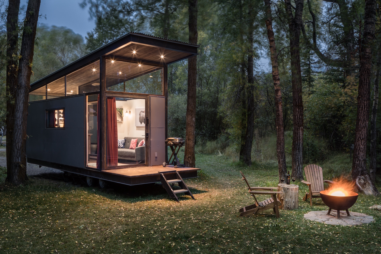Wedge-shaped tiny house offers a compact home for two
