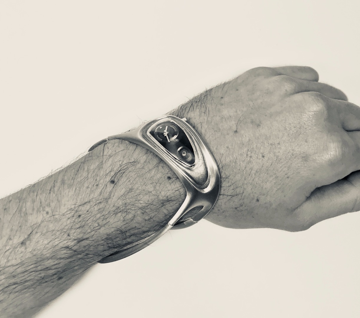 Bespoke wristwatch is 3D-printed for a premium fit