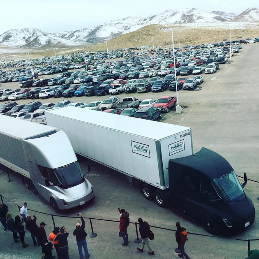 Tesla Semi takes off with its first load