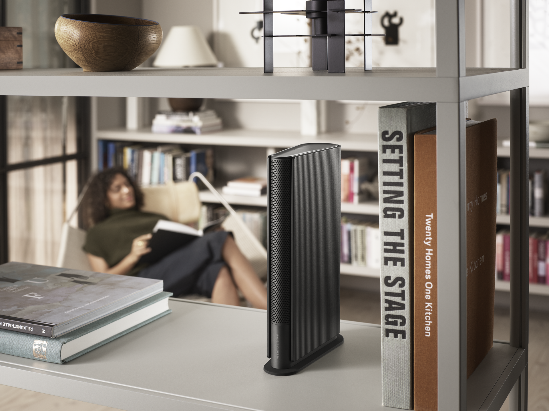 A room-filling bookshelf speaker inspired by the compact form factor of a book
