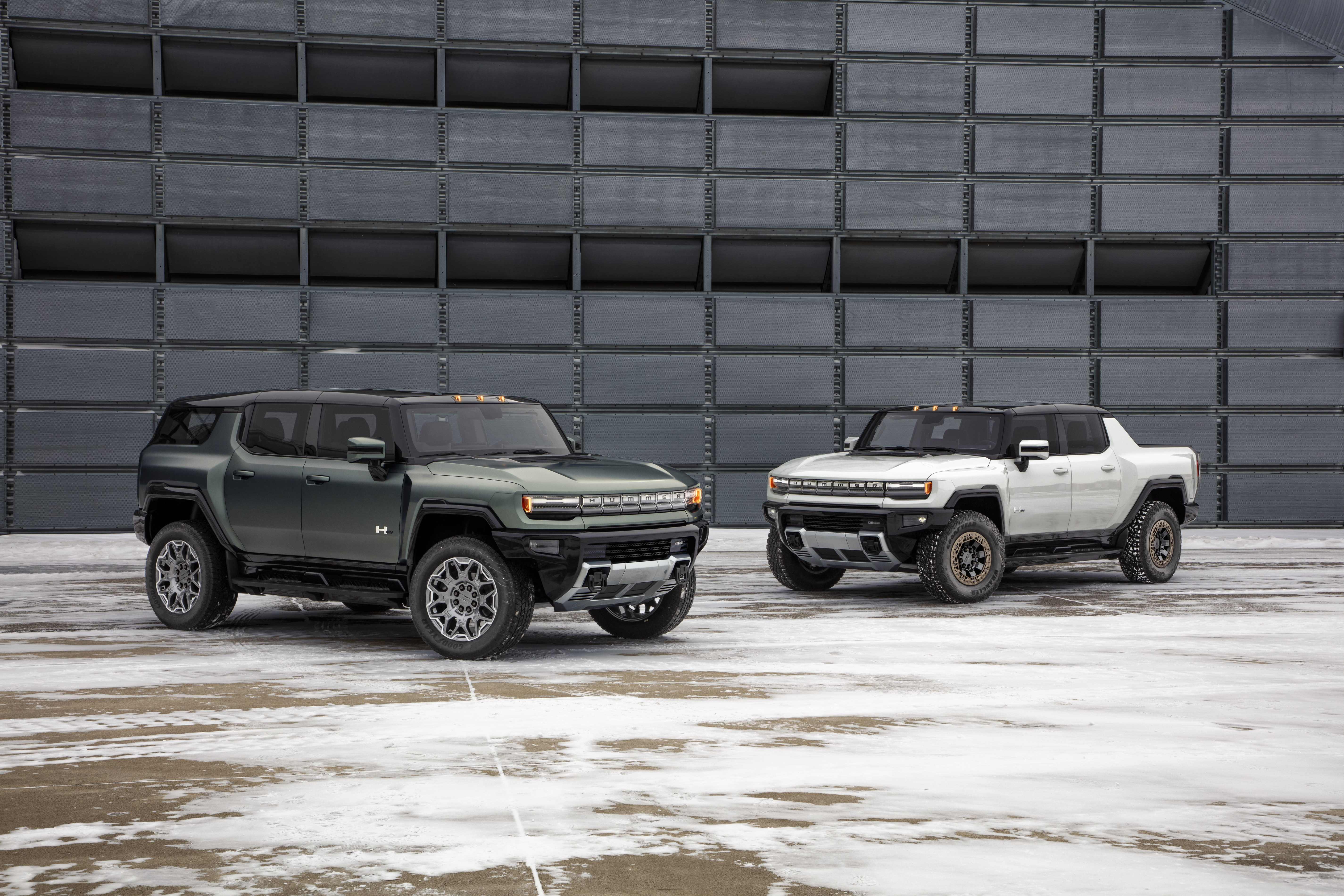 GMC unveiled the production-ready Hummer EV Pickup and new SUV while continuing to emphasize tech and off-road cred