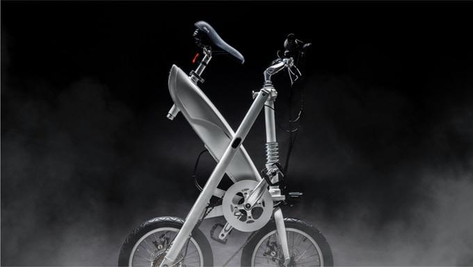 X-framed e-bike folds in a second