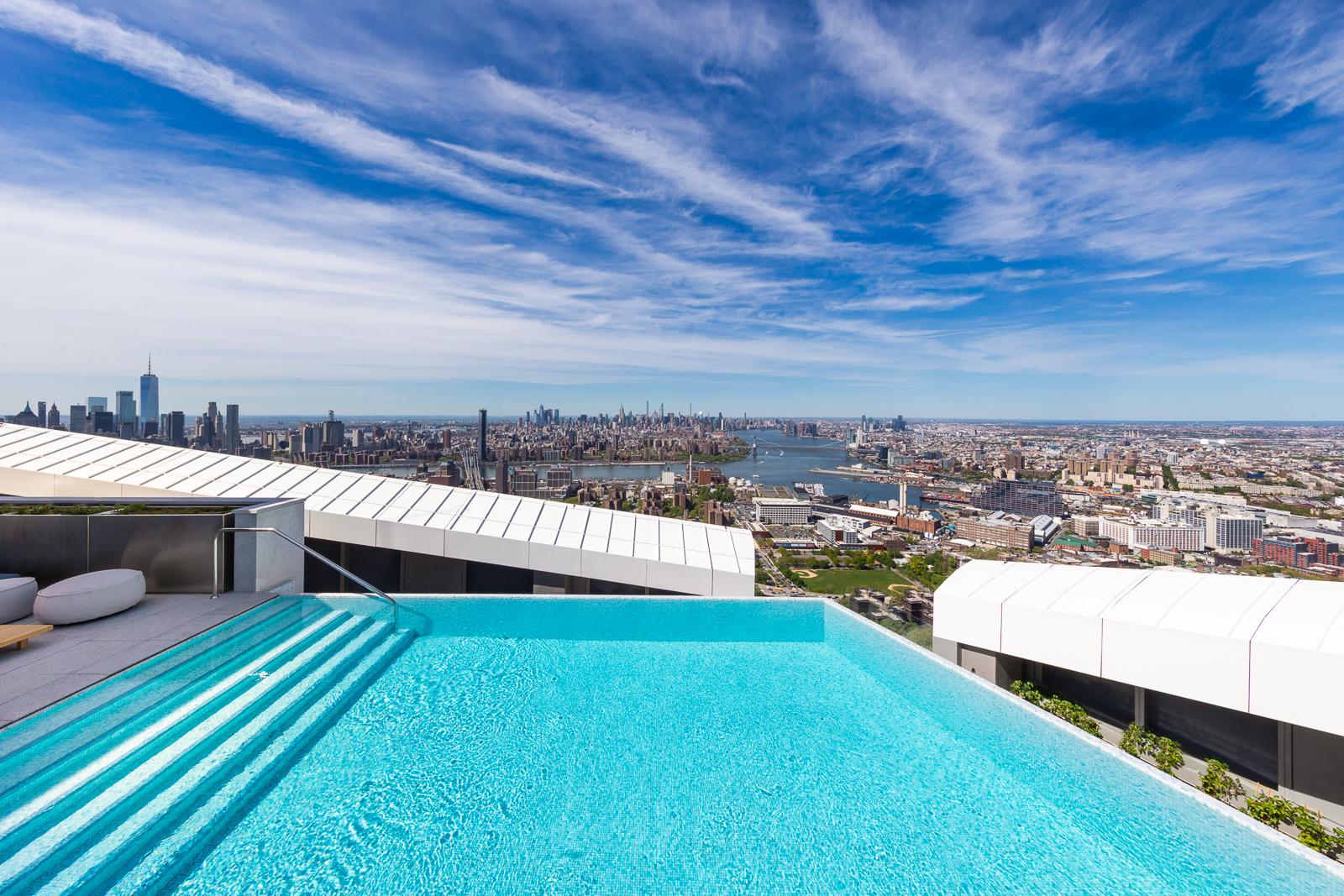 Brooklyn Point's swimming pool is situated 680 ft (207 m) above the city streets