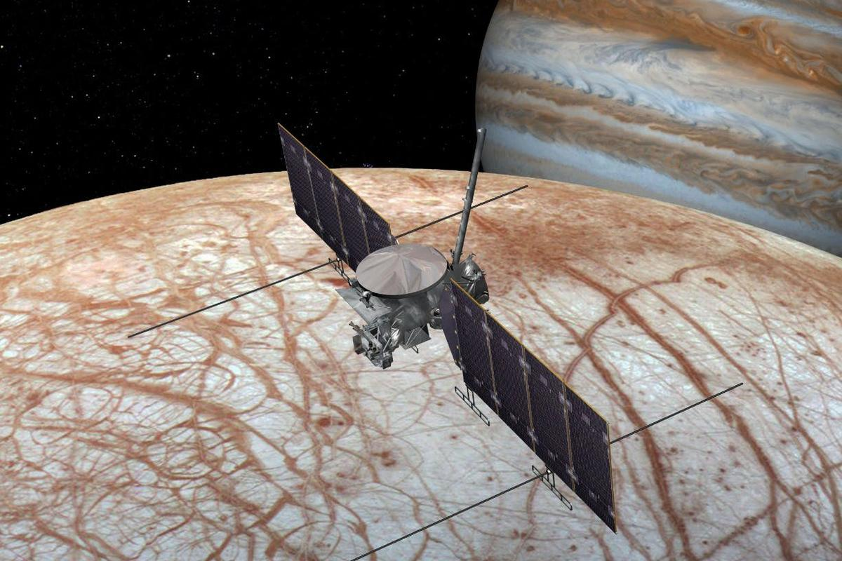 Artist's impression of the Europa Clipper