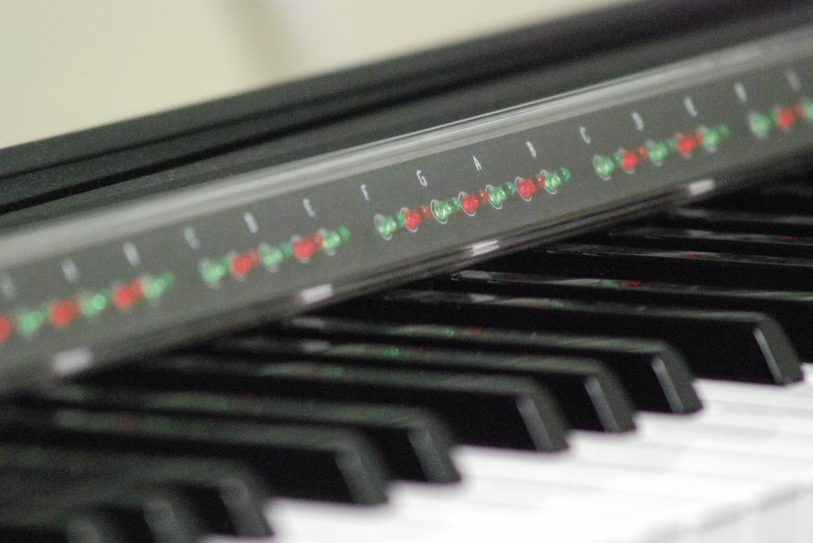 The PianoMaestro learning system consists of MIDI-reading PC software and a ruler-like LED bar that's placed at the back of a piano keyboard, and signals where and when notes need to be played