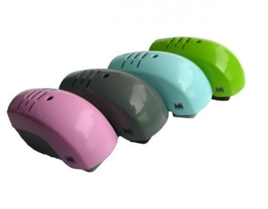 Data-backup mobile phone charger