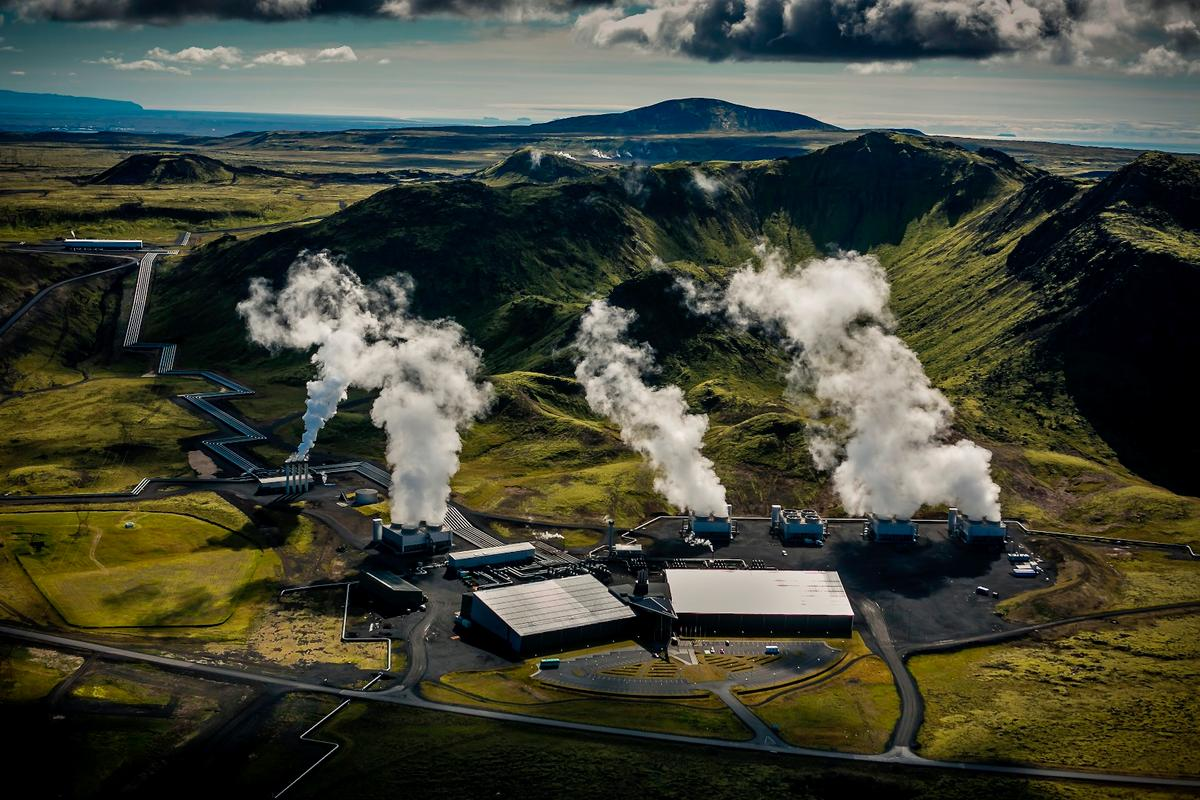 This geothermal power plant in Iceland has become the world's first negative emission power plant