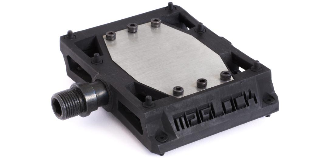 Maglock Vault pedals have an estimated weight of 600 g per pair