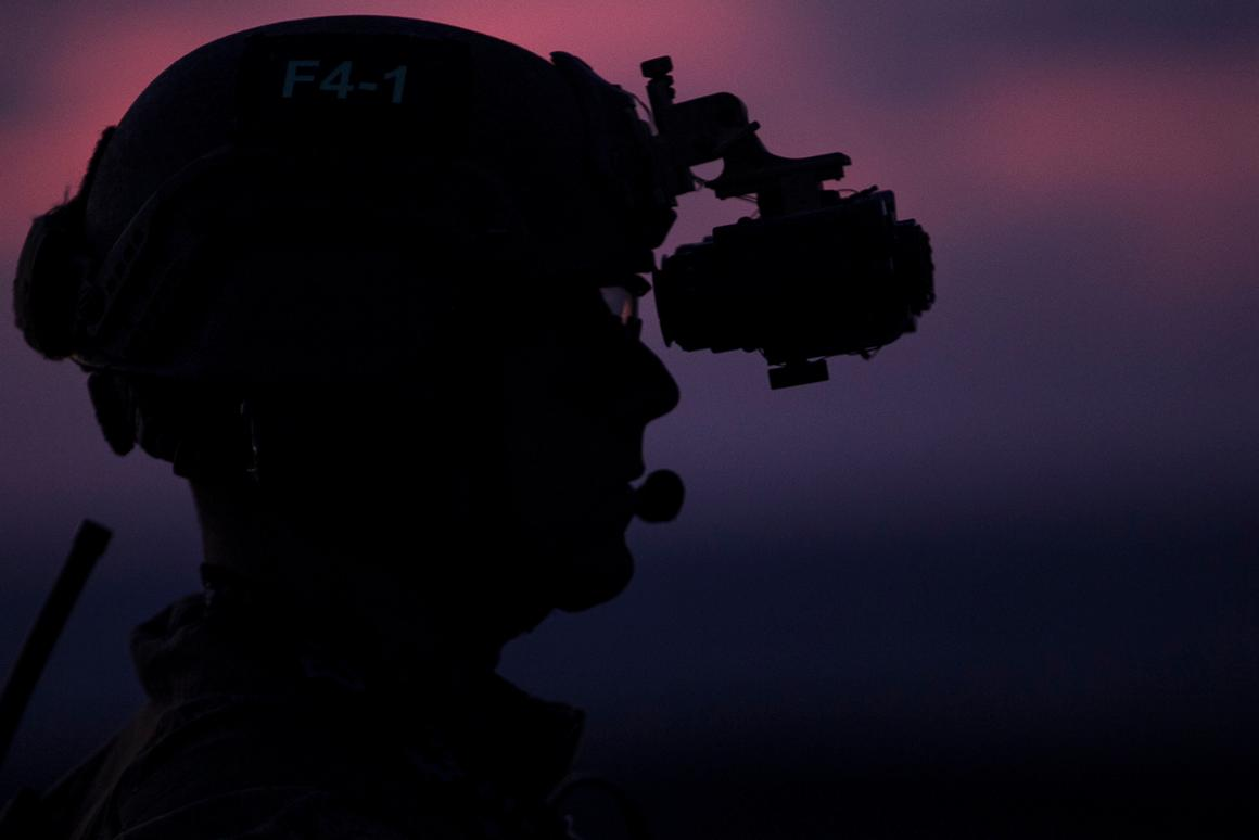 A Marine with the 31st Marine Expeditionary Unit's Force Reconnaissance Platoon with a night vision system