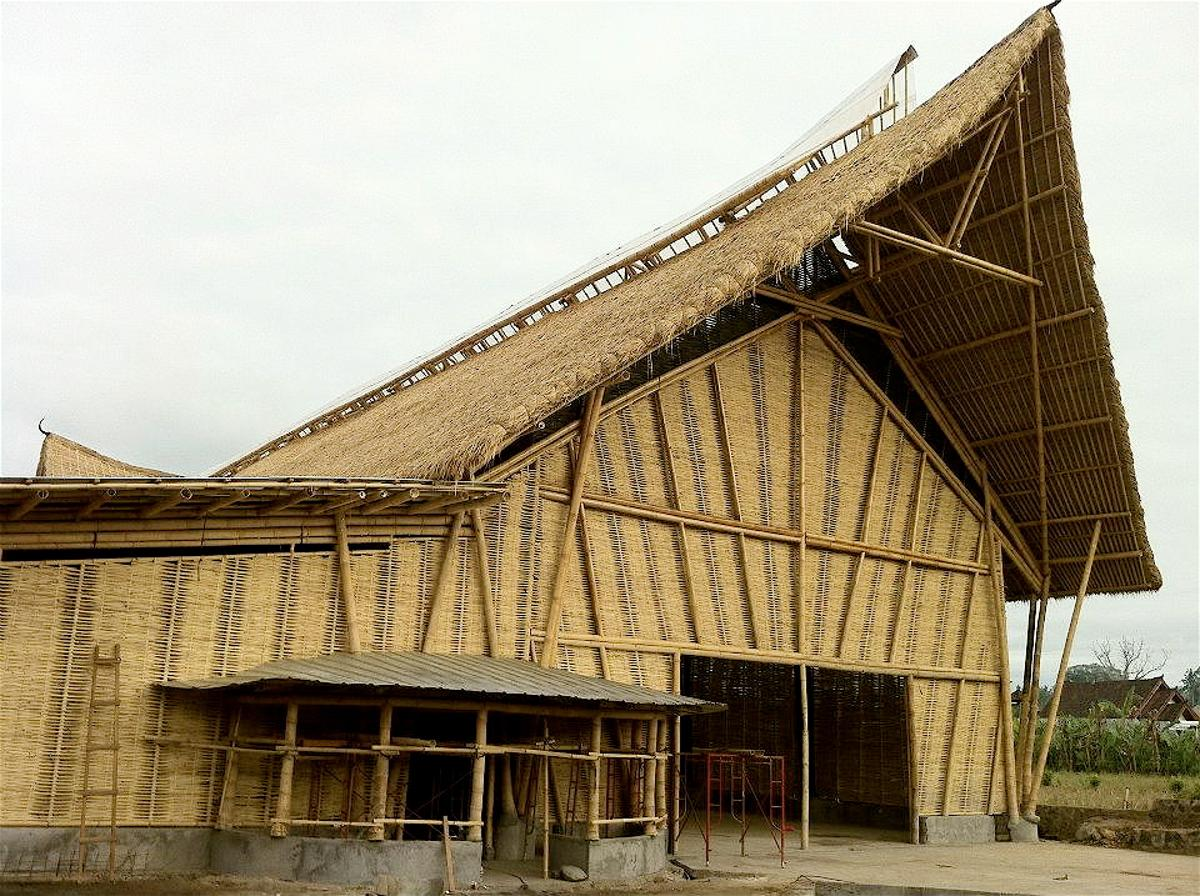 The facade of Big Tree Farm's all-bamboo chocolate factory