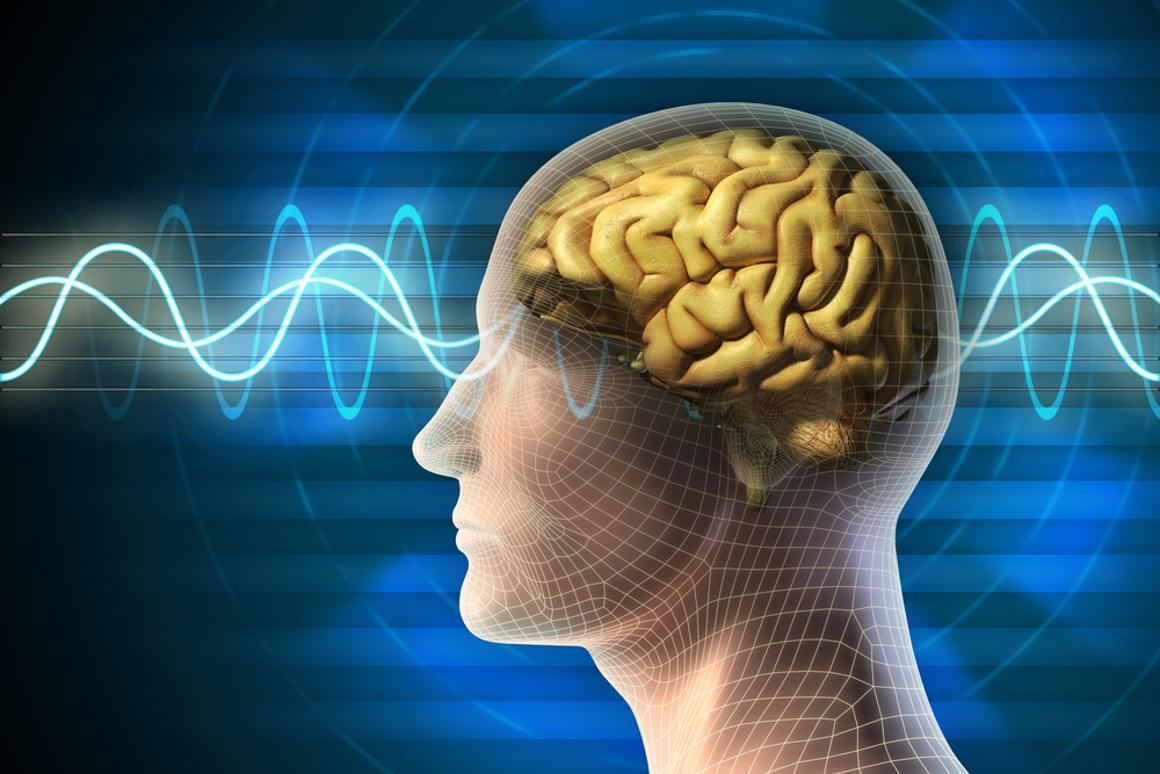 The US Department of Defense is pushing for the development of cheap, wearable systems that can detect the brain waves of people and display the data on smartphones or tablets (Image: Shutterstock)