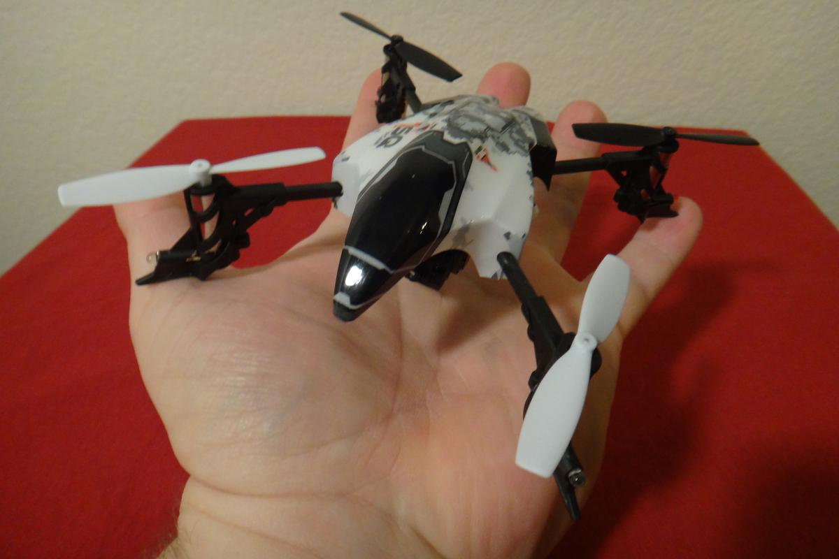 The quadcopter itself fit nicely in the palm of my hand, measuring just 14.5 x 14.3 cm