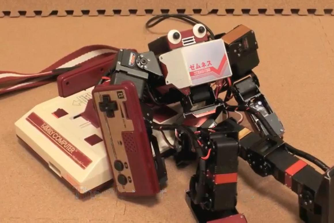 XEMNES, a hobby robot controlled with the 8-bit Nintendo / Famicom pad