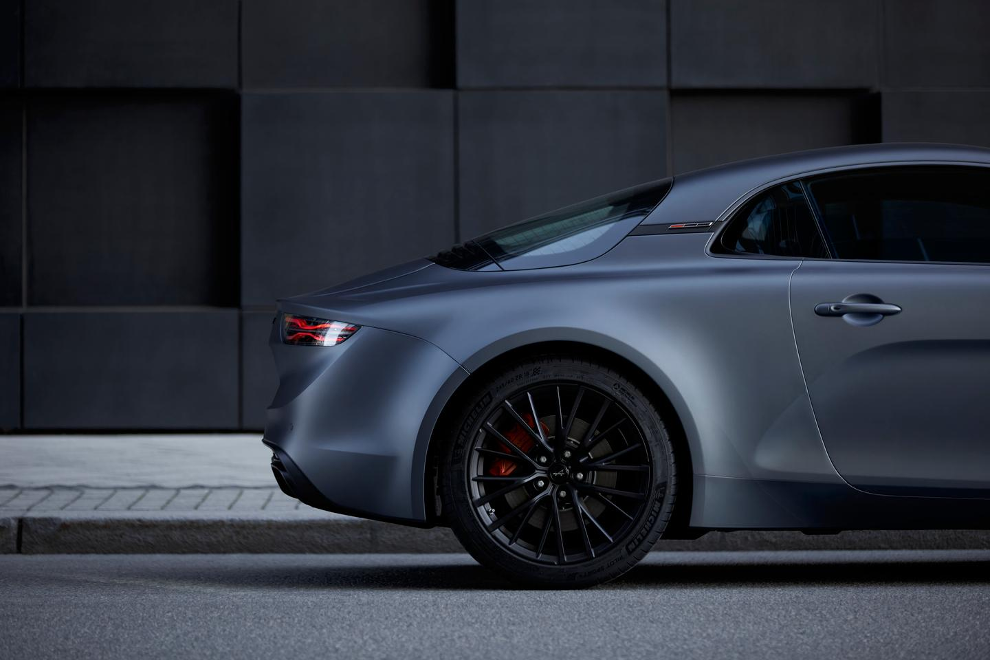 Alpine's new range-topping A110S with18-inch rims