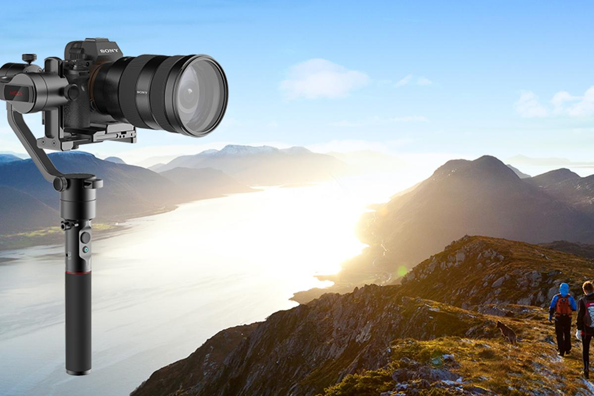 Moza Aircross: a new, smaller gimbal aimed solely at mirrorless camera users