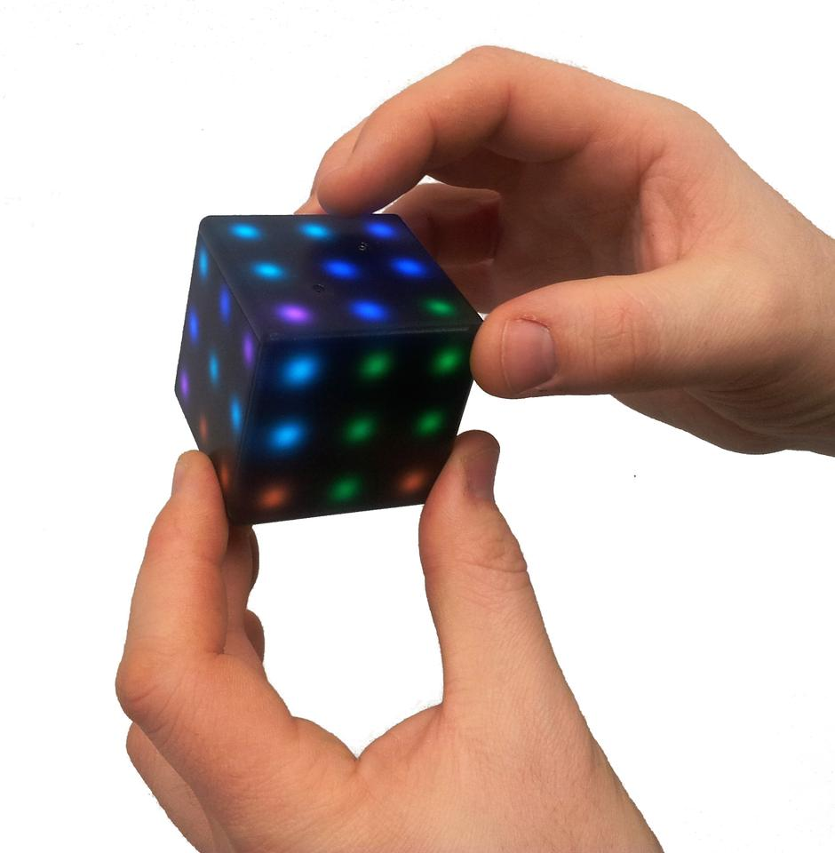 By spreading gameplay over all six sides, the Futuro Cube adds whole new levels of difficulty to its pre-loaded games, puzzles and brain-teasers