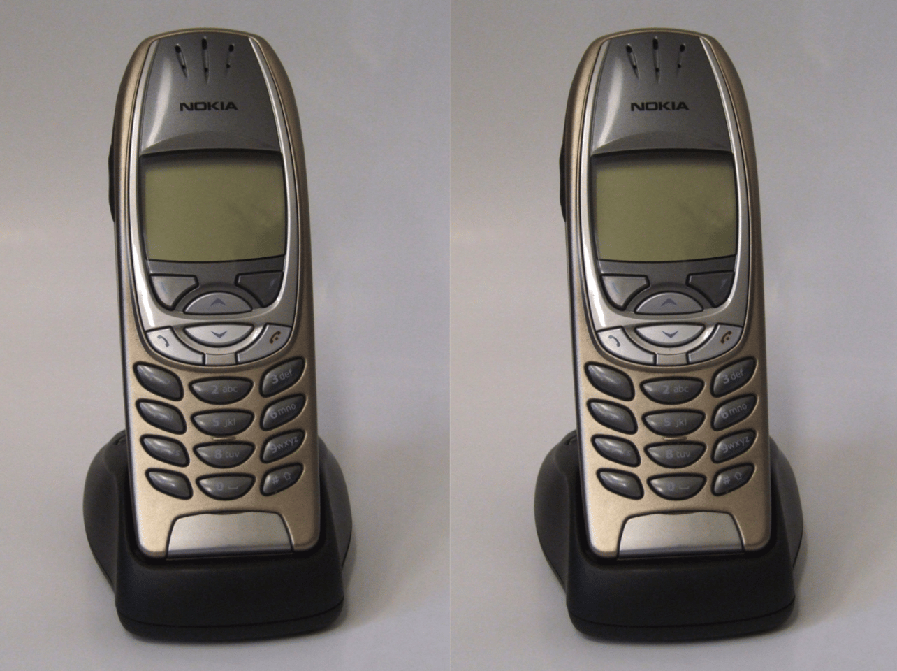 The Nokia 6310i in its charging dock