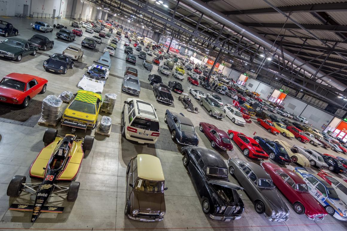 The massive collection was gathered together by the Italian Government in 11 warehouses in Northern Italy, and just getting them to Milan required 100 transporters. When the collection was finally assembled in Fiero Milano, it covered 200,000 square feet - the equivalent of four football fields.