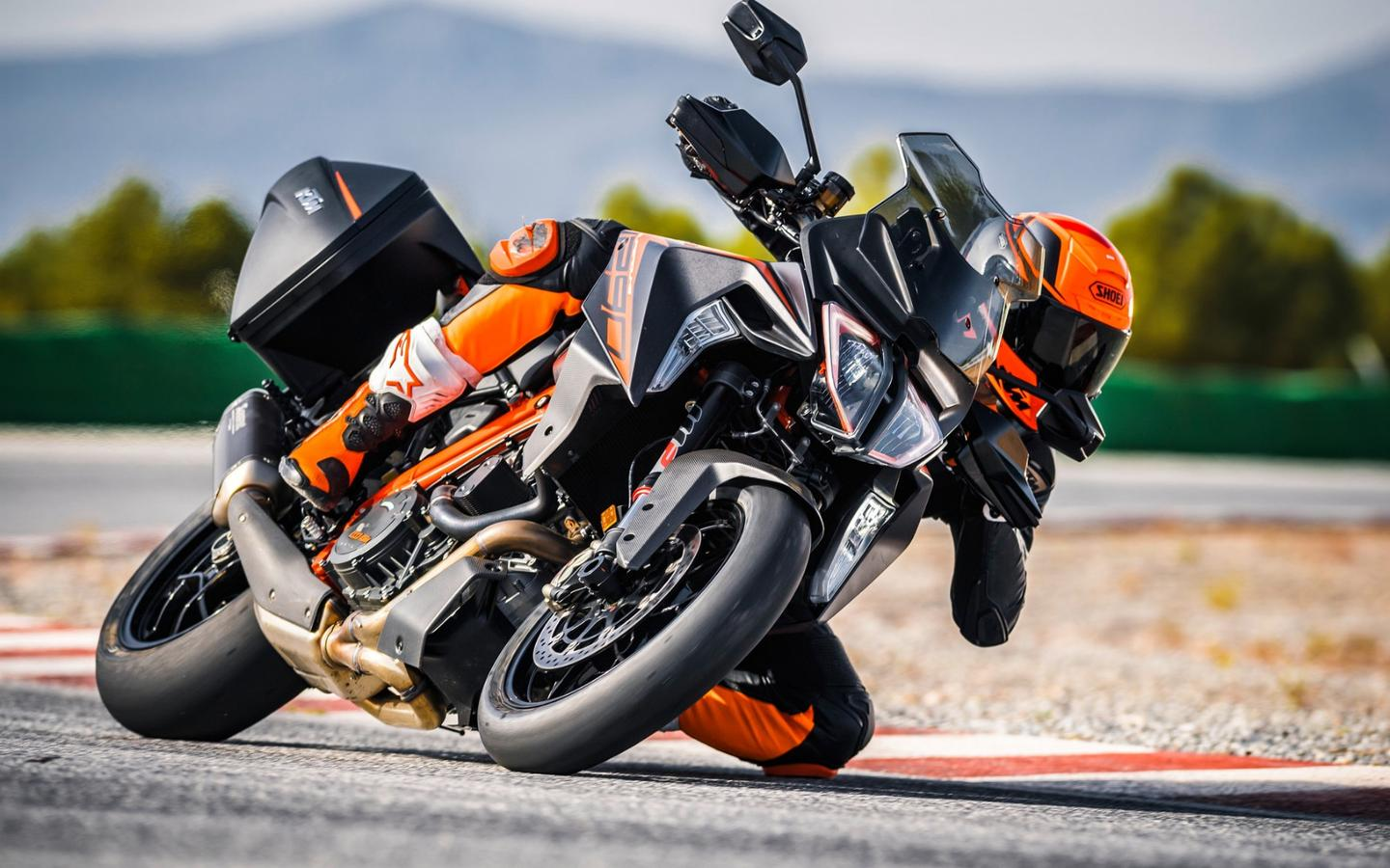 Showing off is mandatory on a Super Duke 1290 GT