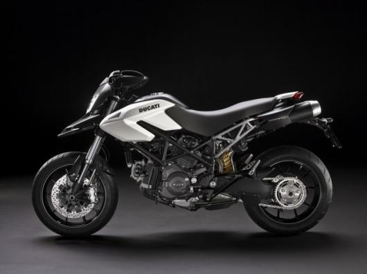 Official images: Ducati's Hypermotard 796